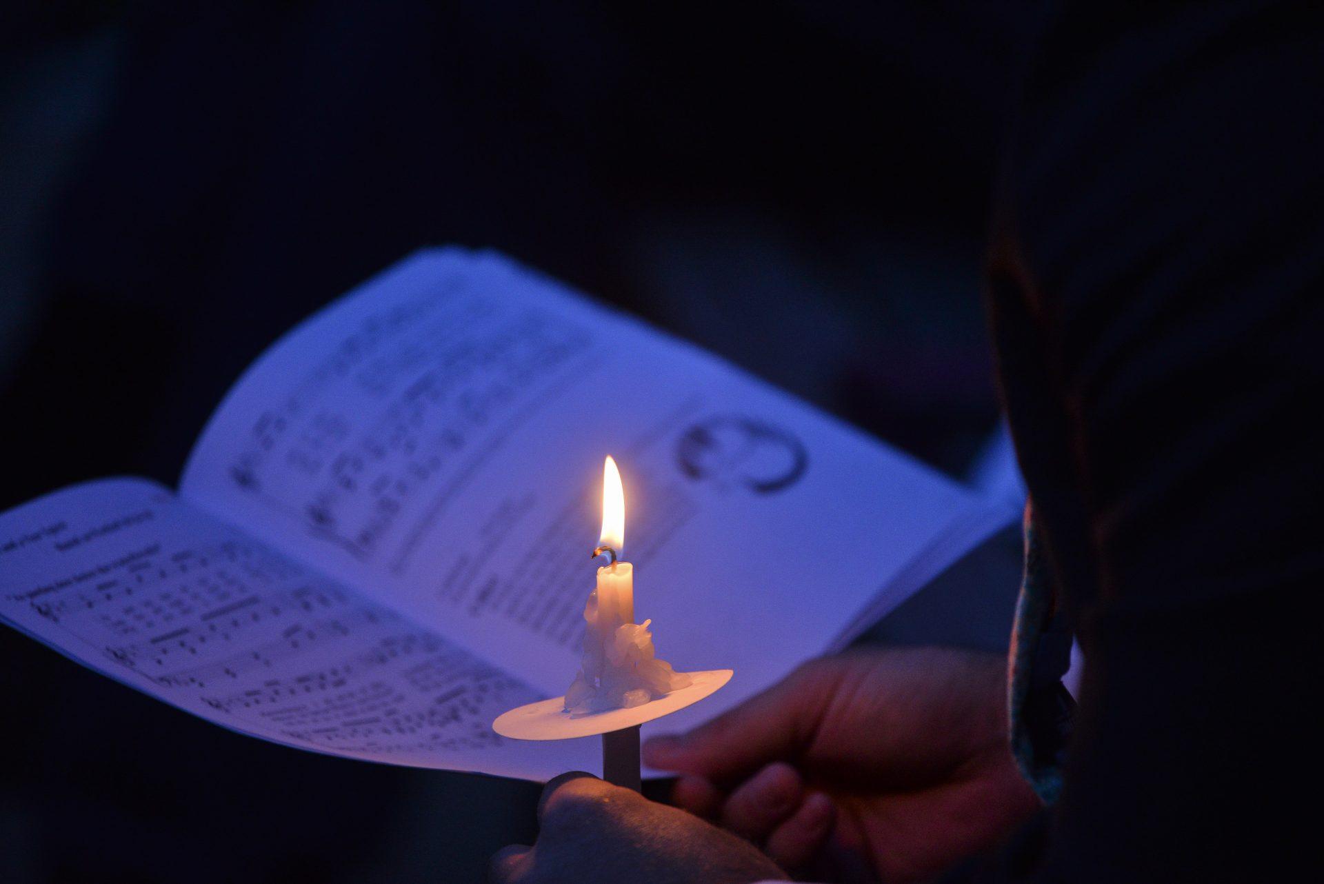 Bulletin Candle